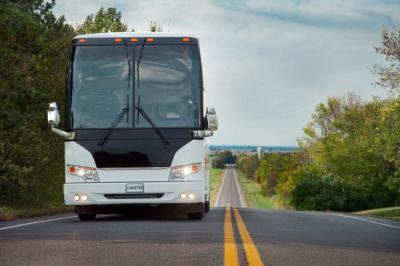 5 Questions to Ask Your Charter Bus Operator